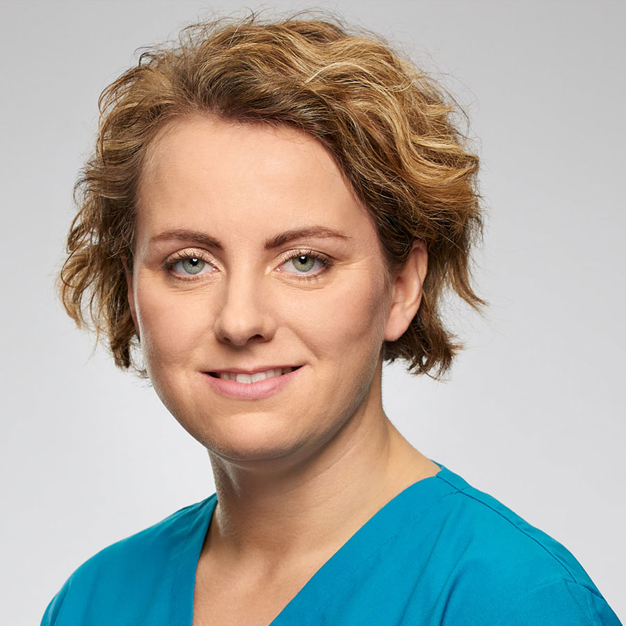 Dr. Antonia Weinstabl-Schuh